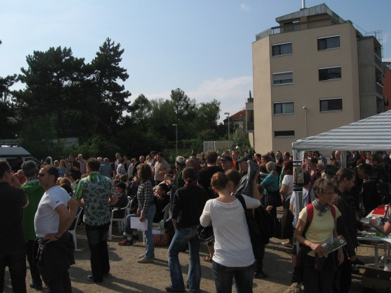 Zieselwache - Publikum vor Beginn; (c) IGL Marchfeldkanal